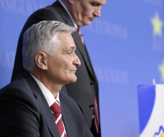 Bosnia-Herzegovina's President Haris Silajdzic, Prime Minister Nikola Spiric