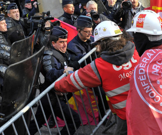 French Steelworkers demonstrate at Arcelor Mittal work council meeting in Metz